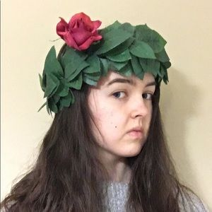 Flower crown- leaves with single pink rose accent